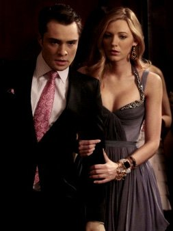 """Smallville 10.20 """"Prophecy"""" et Supernatural 6.20 """"The Man Who Would Be King"""" et The Vampire Diaries 2.21 """"The Sun Also Rises"""" et Hellcats 1.20 """"Warped Sister"""" et Gossip Girl 4.20 """"The Princesses and the Frog"""""""