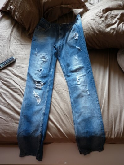 # Jean zara , taille 38 , 17 fdpc .