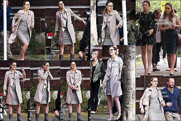 * 30/08/18 :    Melissa a été aperçue lorsqu'elle était sur le tournage de la série « Supergirl » à  Vancouver, au Canada. Melissa est ravissante. J'aime bien la tenue qu'elle porte sur le tournage. Les lunettes lui vont bien aussi je trouve et son appropriées pour son rôle. Top !  *