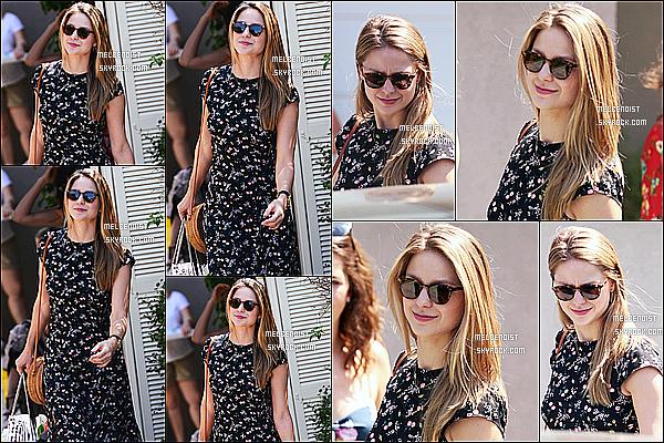 * 12/08/18 :    Melissa s'est rendue à la fête de Jennifer Klein « Instyle Day Of Indulgence » située dans Los Angeles. Melissa est toute belle. La robe qu'elle porte est très jolie et lui va vraiment bien. Ses lunettes de soleil sont superbes également, je lui donne donc un Top  *