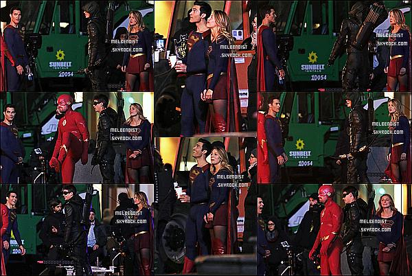 * 19/10/18 :    Melissa a été repérée quand elle tournait une scène pour la saison 4 de la série « Supergirl », avec Tyler. Melissa était superbe. Elle tournait une scène aux côtés de Tyler Hoechlin, Grant Gustin et Stephen Amell. Elle porte de nouveau son costume - Un Top !  *