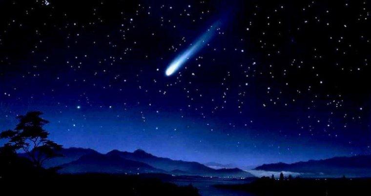 Le Québec aux premières loges pour assister à une pluie d'étoiles filantes inédites! J'V@IS RESTER DEBOUT POUR VOIR Ç@!!! DE 2 @ 4 HEURES CETTE NUIT