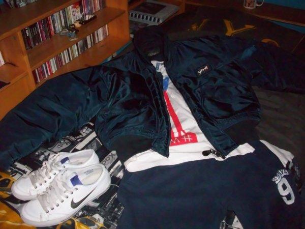 Ma tenue Favorite Bombers Schott bleu, training, singlet & Basket Nike <3