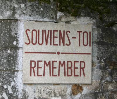 un peu d'histoire dans ce blog : ORADOUR SUR GLANE, ville martyr de la seconde guerre mondiale