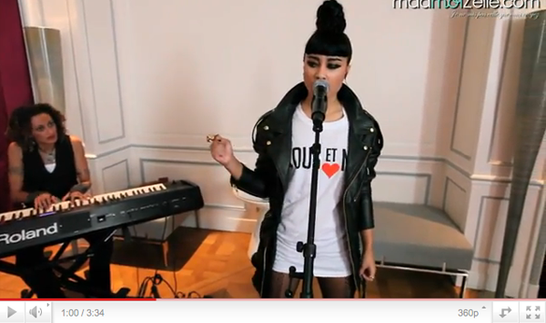 Deux performances acoustic de Mirrors + Quelques News