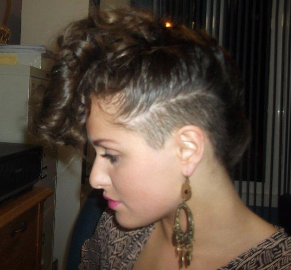 RIHANNA'S HAIR LOOK LIKE STYLE
