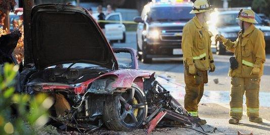 """L'acteur Paul Walker, vedette de """"Fast and Furious"""", se tue en voiture"""