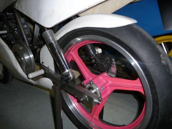 balaise le pneu il y a de le modif dans l'air