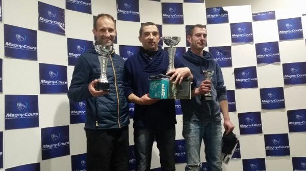 TEAM MP RACING PREMIER PODIUM 1 ET 2EME