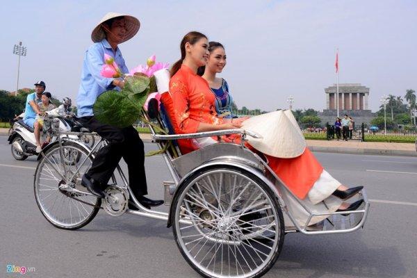 Festival de l'Áo Dài, à Hà Nội.
