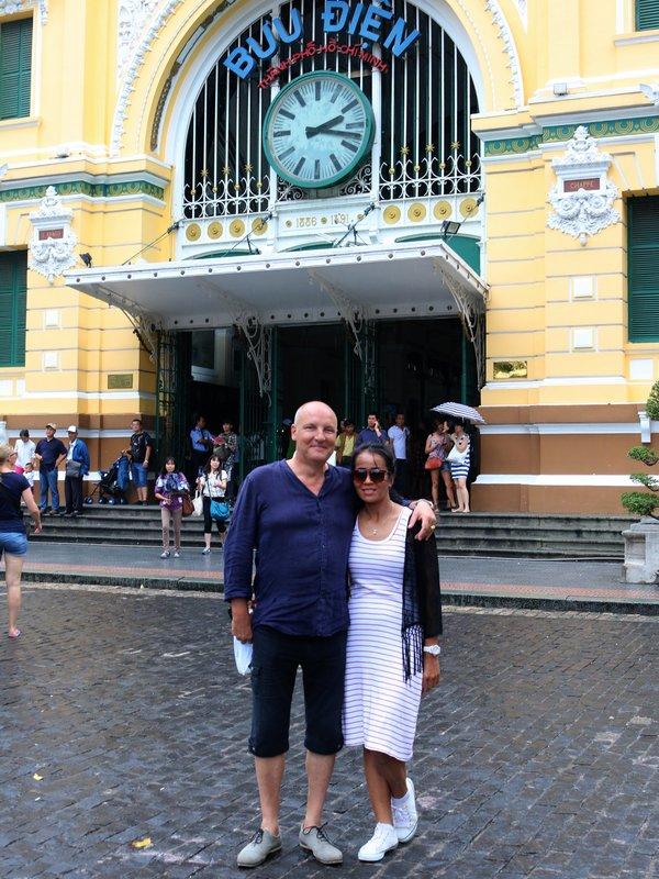 Non'Hồ, à Sài Gòn.