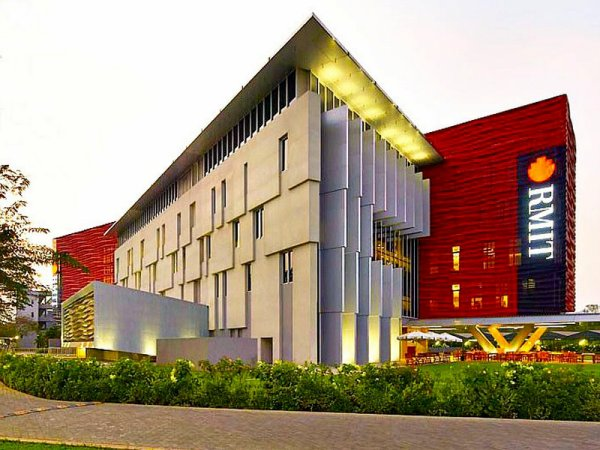 Université Hồ-stralienne.