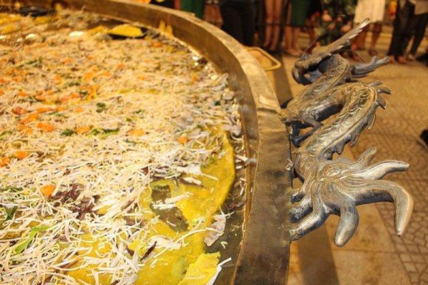 L'Hồ-tre pays des crêpes.