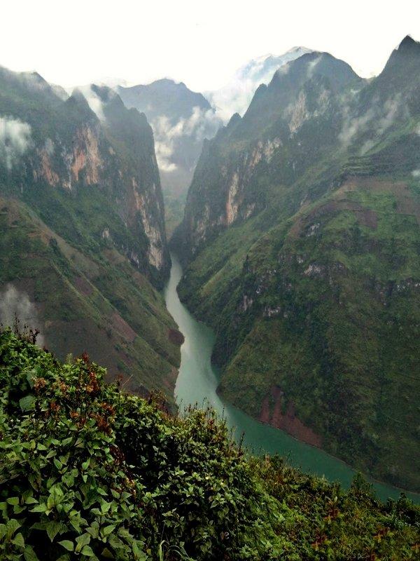 Hồ fond de la vallée.