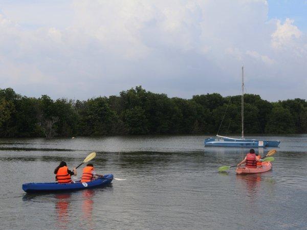 Hồ bord de l'Hồ.
