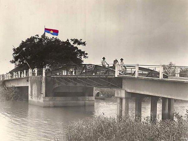Arbre Hồ long passé.