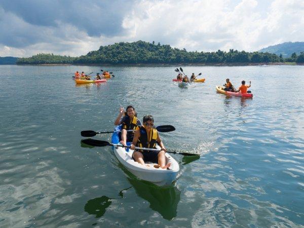 Chasse Hồ touristes.