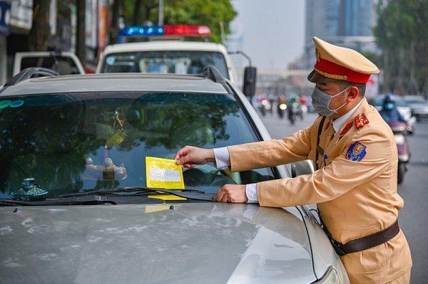 Les joies de l'aut'Hồ-mobile.