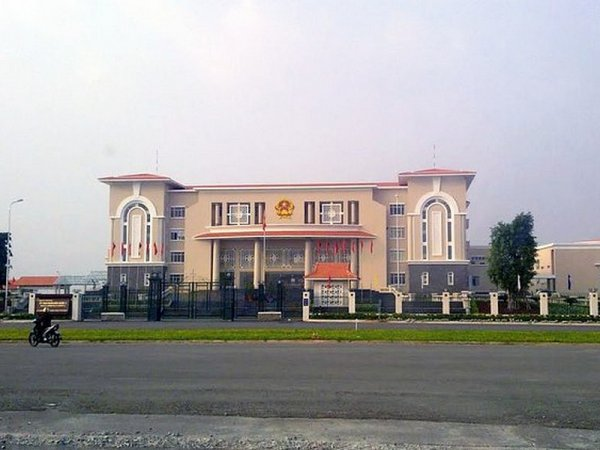 Service de pr'Hồ-ximité.