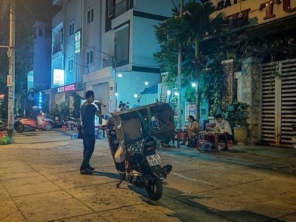 Les joies du kara'Hồ-ké.