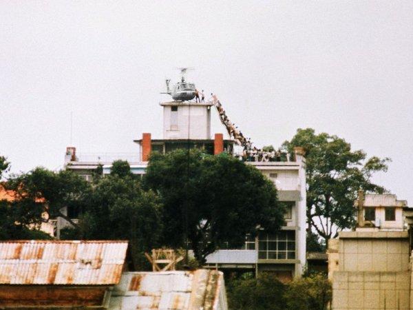 Un hélic'Hồ sur le toit.