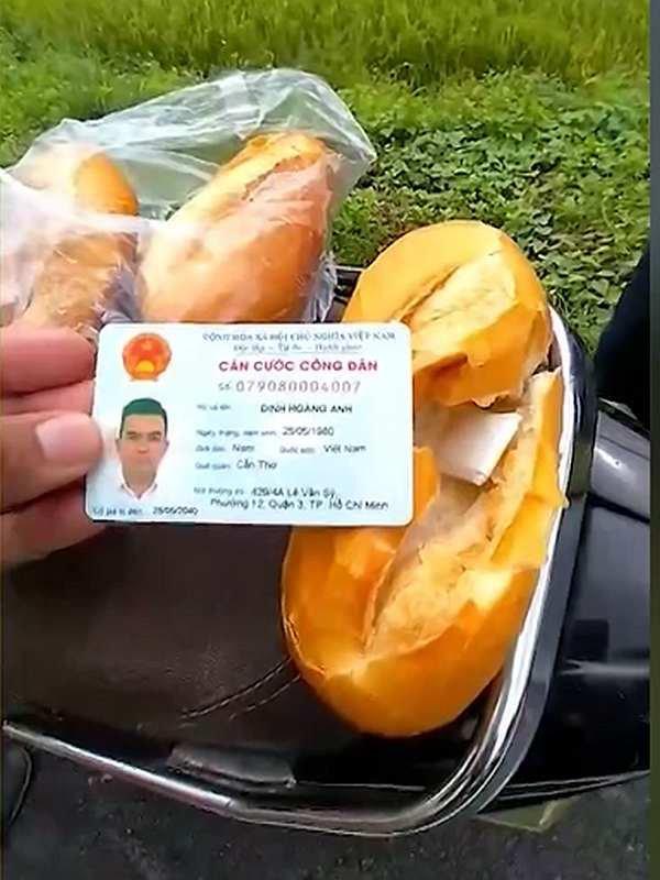 Sandwich Hồ quoi ?