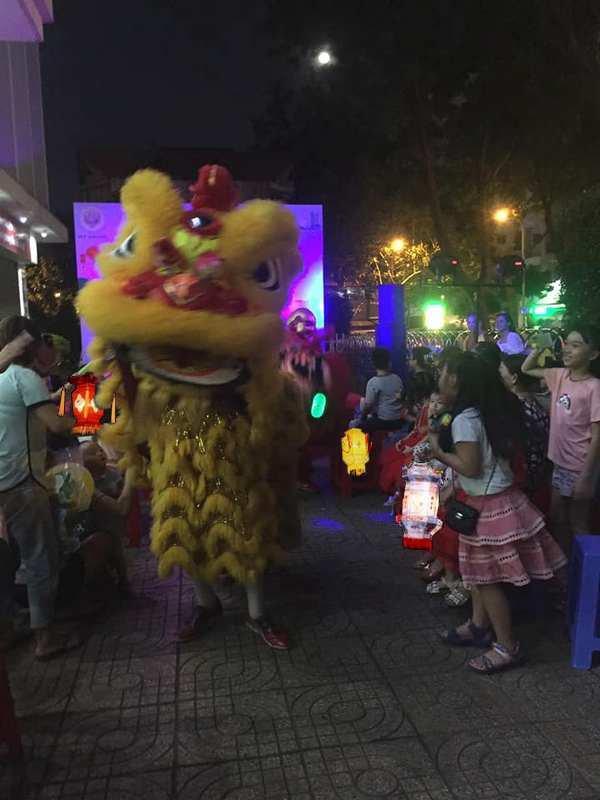 Un frein Hồ réjouissances.