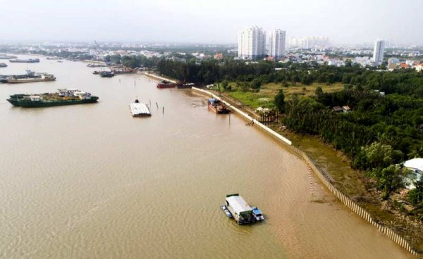 Régulation de niv'Hồ.