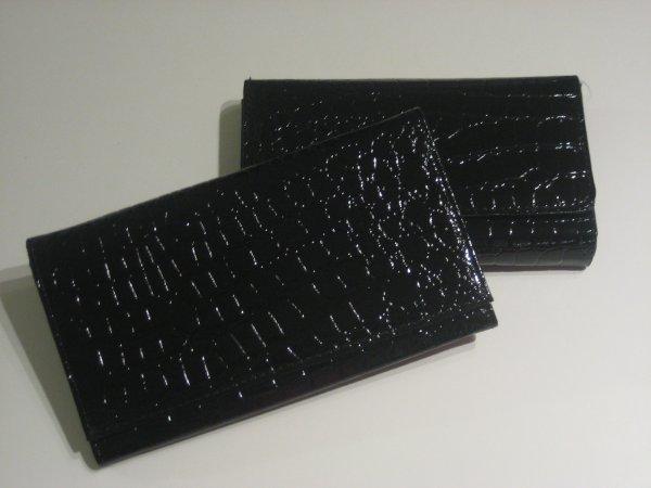1. Porte-feuille petit et grand format
