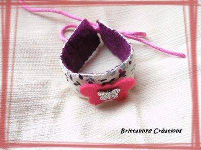 Bracelet tissus fleuri de type 'liberty', papillon feutrine et en métal argenté