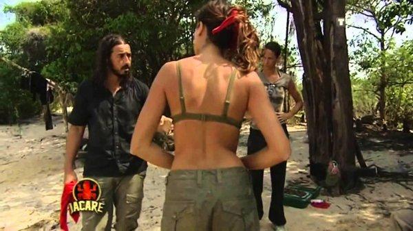 Jo latino TV info : La Verité sur Moundir (image Choc) insulte menaces et frappe les famme