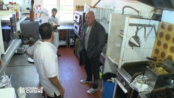 Jo latino TV info : Le Coup De Gueule De Philippe Etchebest Dans Les Mission Cauchemar en Cuisine (Attention aux produits périmé)