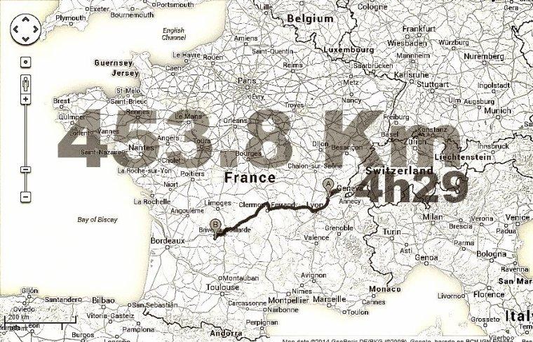 Quatre cent cinquante trois virgule huit kilomètres.