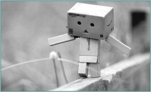 L'amour pour moi; c'est la triste réalité, c'est dure mais sa l'a toujours été d'autre y sont passer avant nous. 0n ressentis des choses plus au moin forte; mais sa na jamais tué personne physiquement. C'est que au fond de nous; une toute petite partie de nous éteinte écrasé quand le rêve d'un amour ce brise. Les suicides et tout le blabla, c'est de la faiblesse c'est juste une goutte qui a fait débordé le vase. C'est même bien plus que sa l'amour; c'est très petit mais c'est très grand aussi. Et plus on grandis plus le coeur subit..   ( De moi )