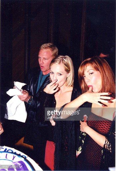 Jennie Garth (Kelly), Tori Spelling (Donna) & Ian Ziering (Steve)