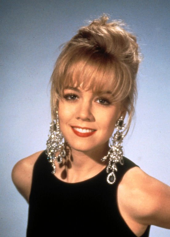 Jennie Garth (Kelly)