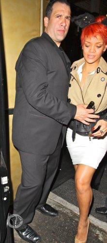 Rihanna s'est rendue au club « Las Palmas » pour faire la fête jusqu'au bout de la nuit..
