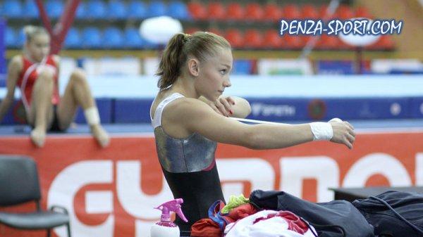 Article flashback 17.08.13 au 21.08.13 → Maria était présente à la Russian Cup (comme les Championnats de France)