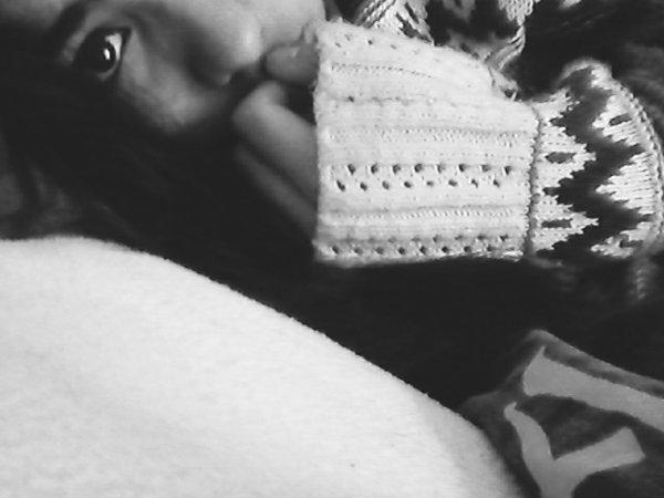 Je veux bien etre malheureuse si tu es avec moi.