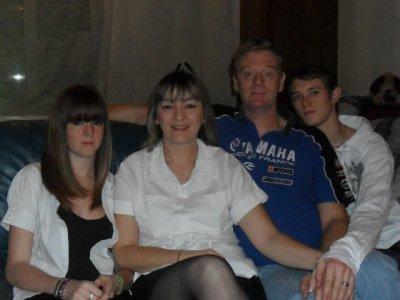 moi et la famille <3 =)