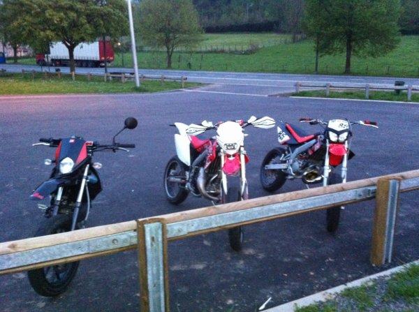 hier de 19H a presque 23h en moto ac 2 pote c'était niquel :D
