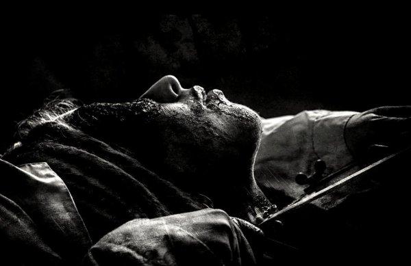 """""""Agonie. Lente agonie de celui qui souffre sans raison, sans fin, sans mourir. Jamais libéré, à jamais victime de sa propre existence"""""""