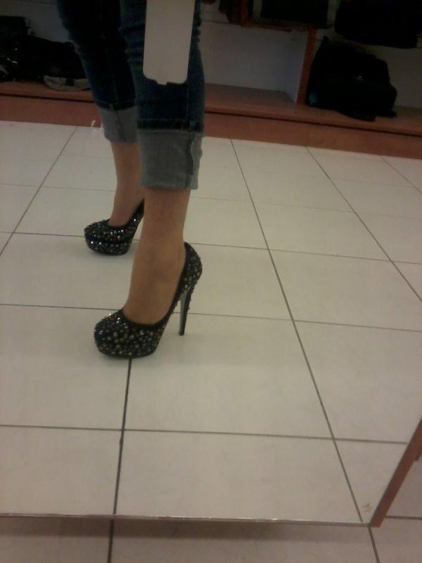 shoes a clou