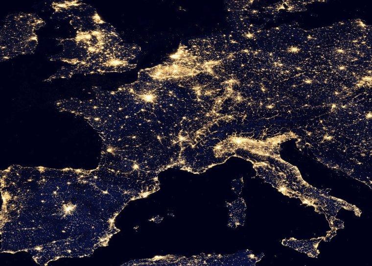 La terre vue de nuit....
