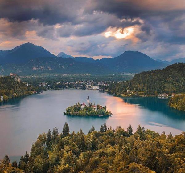 Le lac de Bled, Slovénie.....