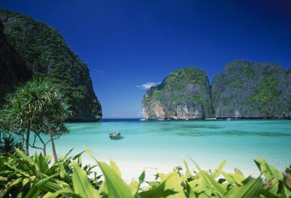 La plage de Phi Phi Lee, Thaïlande......