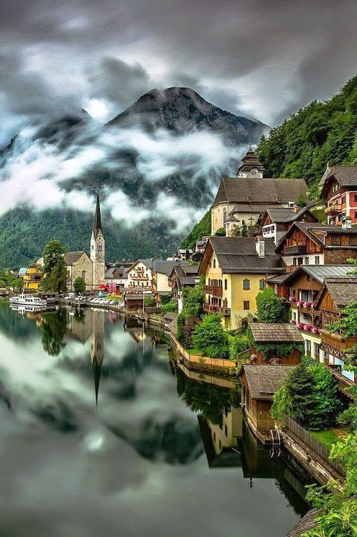 Hallstatt, en Autriche....