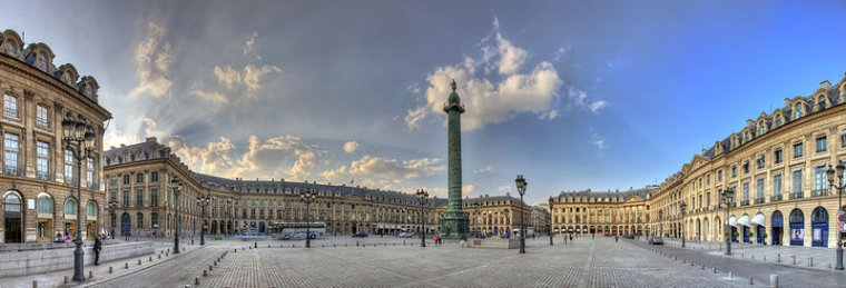 Place Vendôme, Paris.....