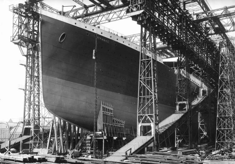 R.M.S  TITANIC  1912 .....