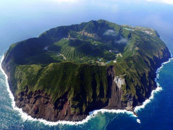 L'île d'Aogashima, Japon....